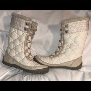 Colombia 200 Grams Snow Boots-White and grey
